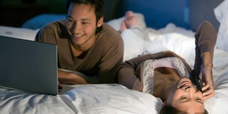 Couples: Guilt-Free Social Media Usage For A Closer Marriage