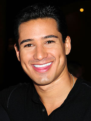 "<a href=""http://www.people.com/people/mario_lopez/"">people.com</a>"