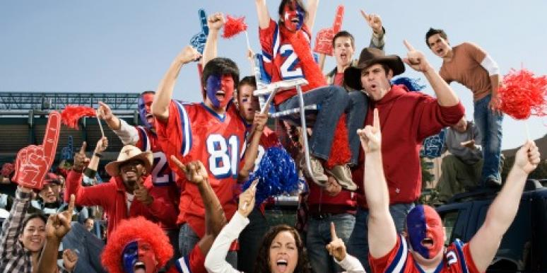 The 9 Girlfriends You Meet At Football Games