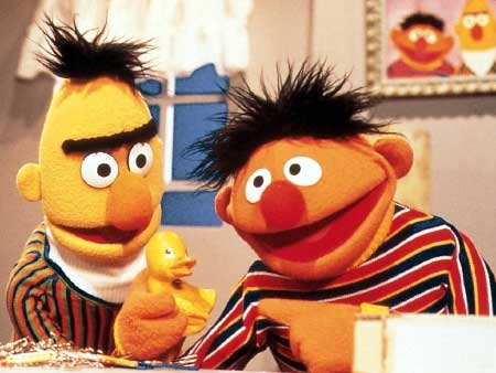 """<a href=""""http://www.salon.com/2013/06/28/bert_and_ernie_come_out_on_the_new_yorker_cover/"""">salon.com</a>"""