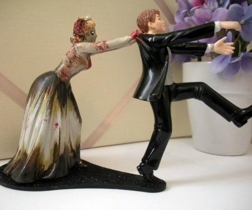 "<a href=""http://prinmontreal.blogspot.com/2013/06/funny-cake-toppers-for-wedding-cakes.html"">prinmontreal.blogspot.com</a>"