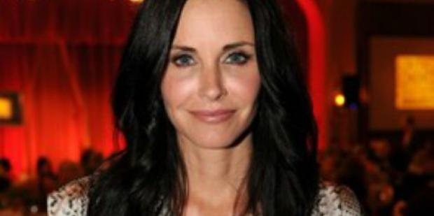 A-List Links: Courteney Cox Hasn't Had Sex In A LONG Time