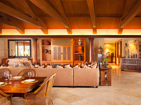 Kelsey and Camille Grammer's Hawaii mansion