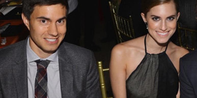 'GIRLS' Allison Williams & Fiancé Ricky Van Veen
