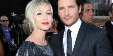 Jennie Garth & Peter Facinelli Split After 11 Years Of Marriage