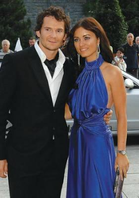 "<a href=""http://www.playerwives.com/nhl/new-jersey-devils/patrik-elias-wife-petra-volakova/"">playerwives.com</a>"