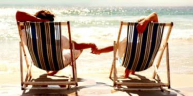 6 Tips For A Stress-Free, Romantic Summer Getaway [EXPERT]