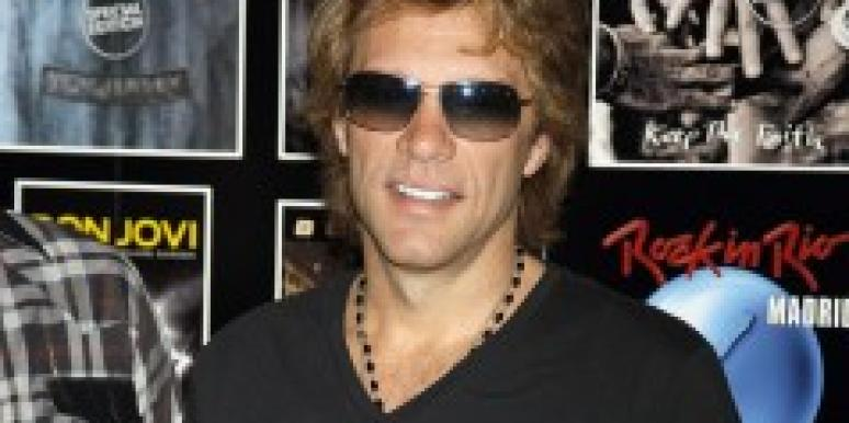 Jon Bon Jovi In Bed With 4 Naked Girls
