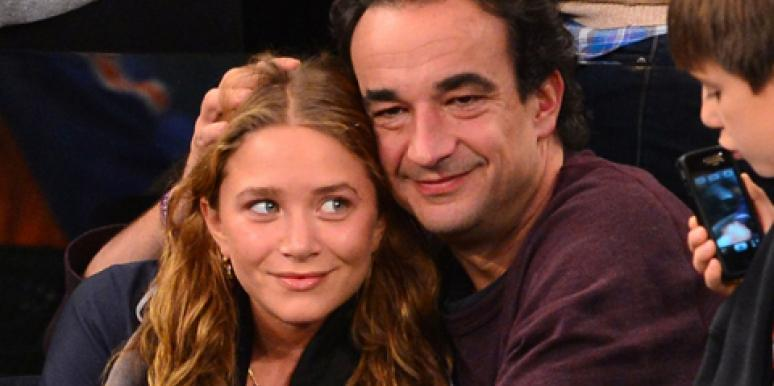 Mary-Kate Olsen & fiancé Olivier Sarkozy sitting courtside at a Knicks game