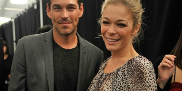 LeAnn Rimes Gets A Foot Tattoo Dedicated To Eddie Cibrian