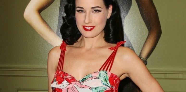 "Dita Von Teese Making Women ""Sexy & Glamorous"" With New Lingerie"