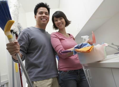 "<a href=""http://www.reveal.co.uk/real-life-stories/news/a476393/the-secret-to-a-lasting-relationship-splitting-the-household-chores.html"">reveal.co.uk</a>"
