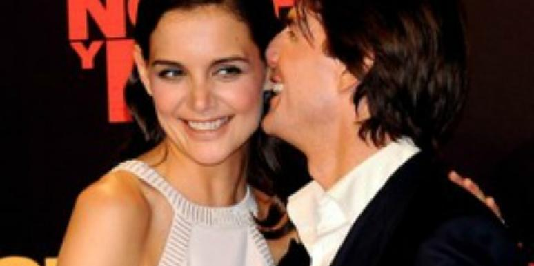 5 Celeb Couples Who Can Control Their PDA