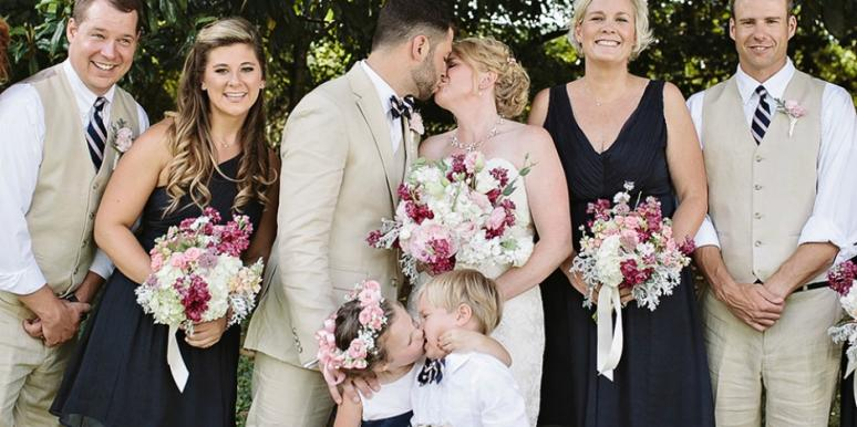 flower girl steals kiss wedding