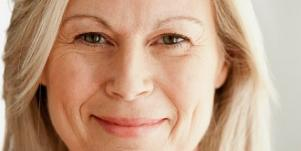 Over 40 & Single? How To Exude Confidence [EXPERT]