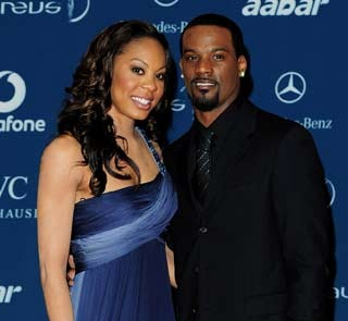 """<a href=""""http://www.essence.com/2012/07/31/making-it-work-olympian-sanya-richards-ross-and-husband-nfler-aaron-ross-on-marriage-and-balance/"""">essence.com</a>"""