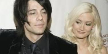 Criss Angel and Holly Madison: It's On