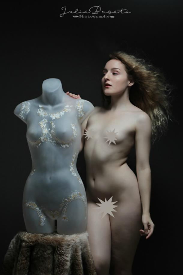 This Photographer Used Mannequins To Encourage Body Positivity