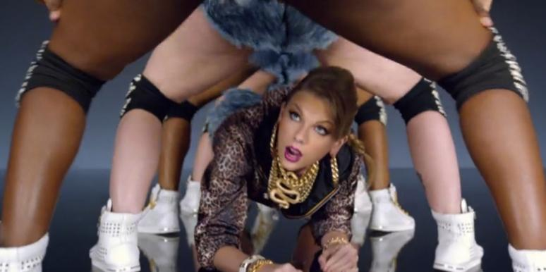 Taylor Swift in Shake It Off