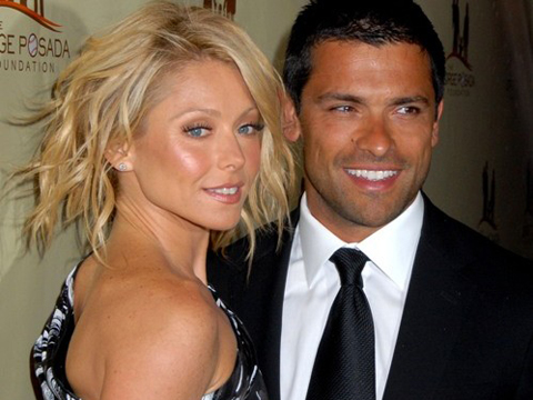"<a href=""http://www.shefinds.com/files/2012/06/kelly-and-mark-consuelos-her-husband-499x400.jpg""/>Kelly Ripa & Mark Consuelos</a>"