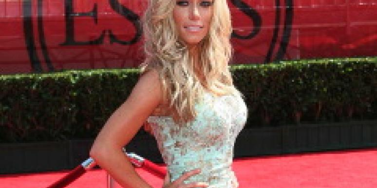 Who Is Kendra Wilkinson's Fiance?