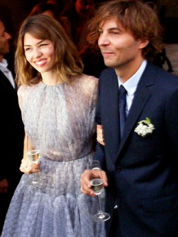 "<a href=""http://www.shefinds.com/2011/sofia-coppola-just-married-her-longtime-boyfriend-in-a-lavender-azzedine-alaia-gown/"">shefinds.com</a>"