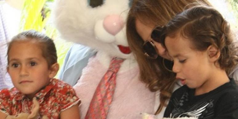 Jennifer Lopez with twins and Easter bunny