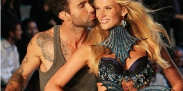 Kiss Me! 10 Best Celebrity PDA Moments Of 2011 [PHOTOS]