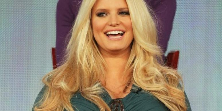 Jessica Simpson pregnant and smiling