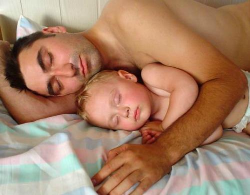 "<a href=""http://www.inhabitots.com/co-sleeping-results-in-lower-testosterone-for-dads-which-may-mean-greater-benefits-for-kids/"" target=""_blank"">inhabitots.com</a>"