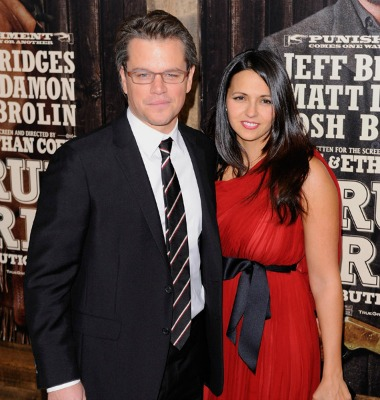 "<a href=""http://www.huffingtonpost.com/2010/12/15/matt-damons-wife-luciana-steps-out-first-time-since-giving-birth_n_796981.html"">huffingtonpost.com</a>"