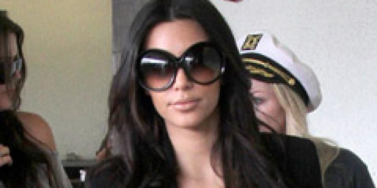 kim kardashian big sunglasses worst fashion trend 2010 zoosk