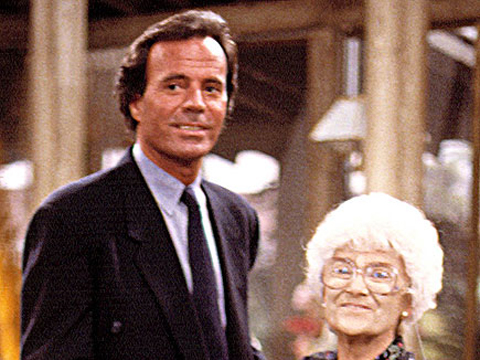 "<a href=""http://img2.timeinc.net/people/i/2012/specials/emmys/quiz/girls/girls-4b-435.jpg""/>Julio Iglesias and Estelle Getty (as Sophia Petrillo) on ""The Golden Girls""</a>"