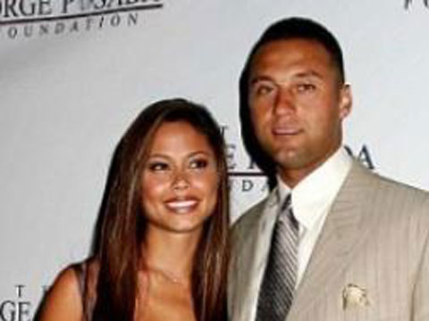 "<a href=""http://www.rantsports.com/clubhouse/wp-content/slideshow/2014/01/photos-of-derek-jeter-with-his-girlfriends-over-the-years/medium/derek-jeter-vanessa-minnillo.jpg"">Vanessa Minnillo & Derek Jeter</a>"