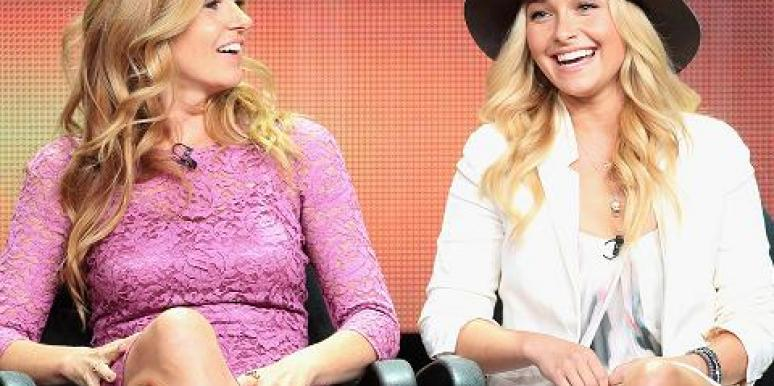 Hayden Panettiere & Connie Britton