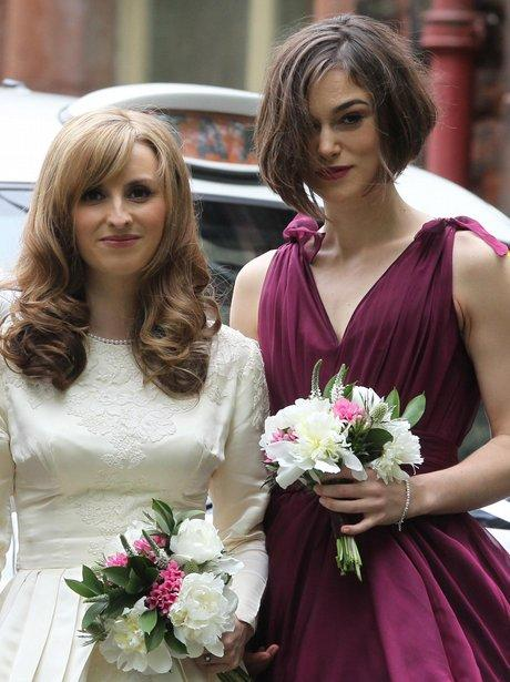 "<a href=""http://www.heart.co.uk/photos/celebrity-photos/keira-knightley-bridesmaid/keira-knightley-bridesmaid-1/"">heart.co.uk</a>"