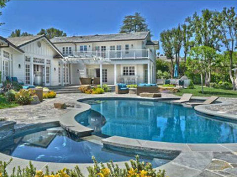 Selena Gomez mansion