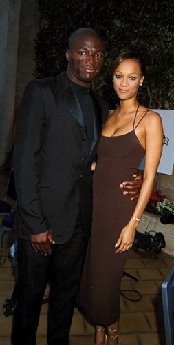 "<a href=""http://www.nydailynews.com/entertainment/gossip/odd-celeb-couples-dated-gallery-1.31326"">12. Tyra Banks and Seal</a>"