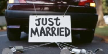 just married newlywed car
