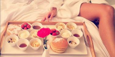 food-bed-woman