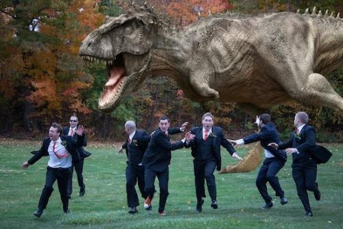 """<a href=""""http://everswoon.com/2013/02/08/groomsmen-photo/"""">everswoon.com</a>"""