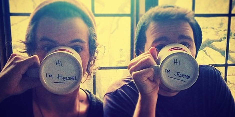 Harry Styles drinking coffee - Instagram