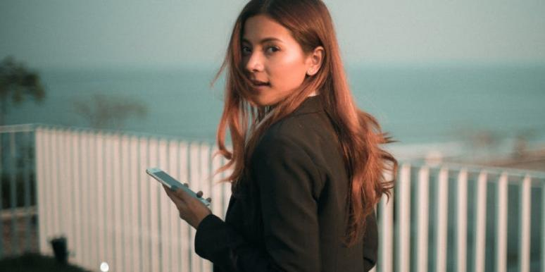 20 RUTHLESS People Who Got Caught Using Dating Apps To Cheat