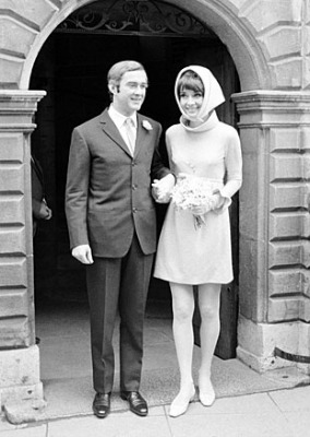 "<a href=""http://audreyhepburnfacts.tumblr.com/post/10954338228/real-life-outfit-audreys-second-wedding-dress"">audreyhepburnfacts.tumblr.com</a>"