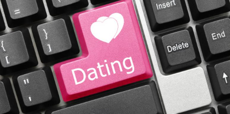 The Single Woman's Mandy Hale Looks For Love With Online Dating