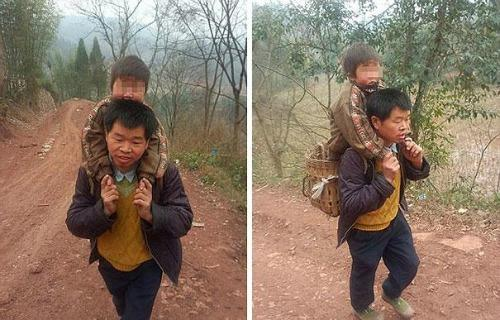 "<a href=""http://www.dailymail.co.uk/news/article-2577520/The-devoted-Chinese-father-carries-son-18-MILES-school-day-Sichuan-province.html"" target=""_blank"">dailymail.co.uk</a>"