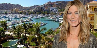 Jennifer Aniston in Cabo