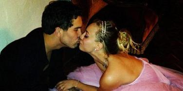 Ryan Sweeting and Kaley Cuoco Sweeting on their wedding day