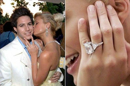 """<a href=""""http://www.play4movie.com/en/Photogallery/Hot/All-the-Best-Engagement-Rings/227/8"""">play4movie.com</a>"""