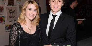 Emma Roberts Evan Peters